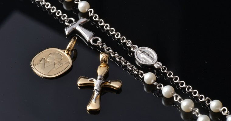 Combine elegance and faith: Discovering the Holyart Jewelery