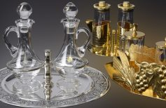 Ampullas for celebrations: small vases with precious contents