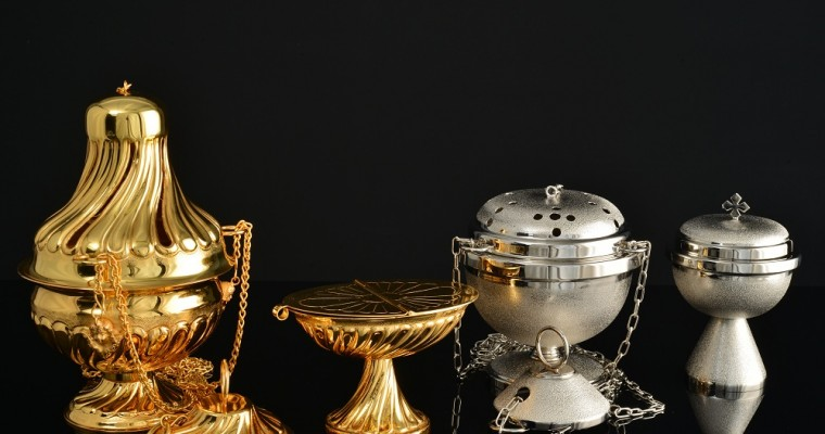 Thuribles in liturgical function